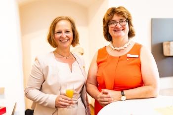 Präsidentin Edith Laga und Vizepräsidentin Marlies Mayer ©2019 Zonta Club Ingolstadt